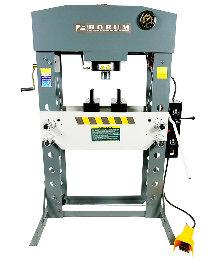Air/Hydraulic Press 100,000kg